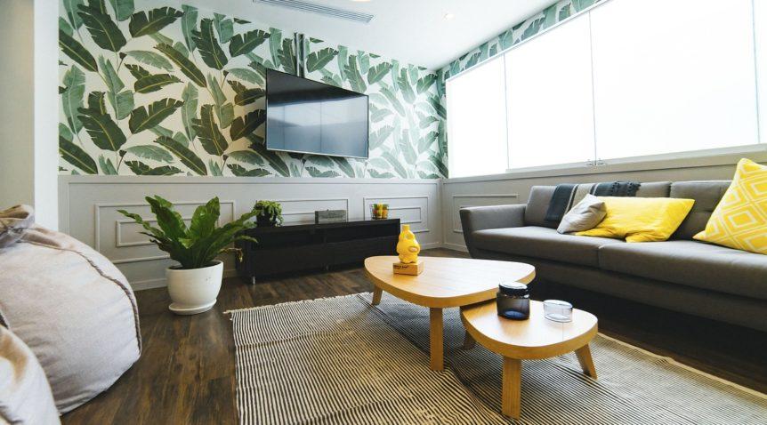 Choisir entre un meuble Tv et une fixation murale